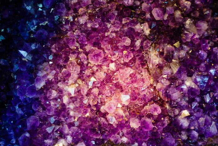 Amethyst color